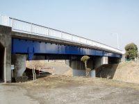 橋脚塗装施工事例(塗装後)
